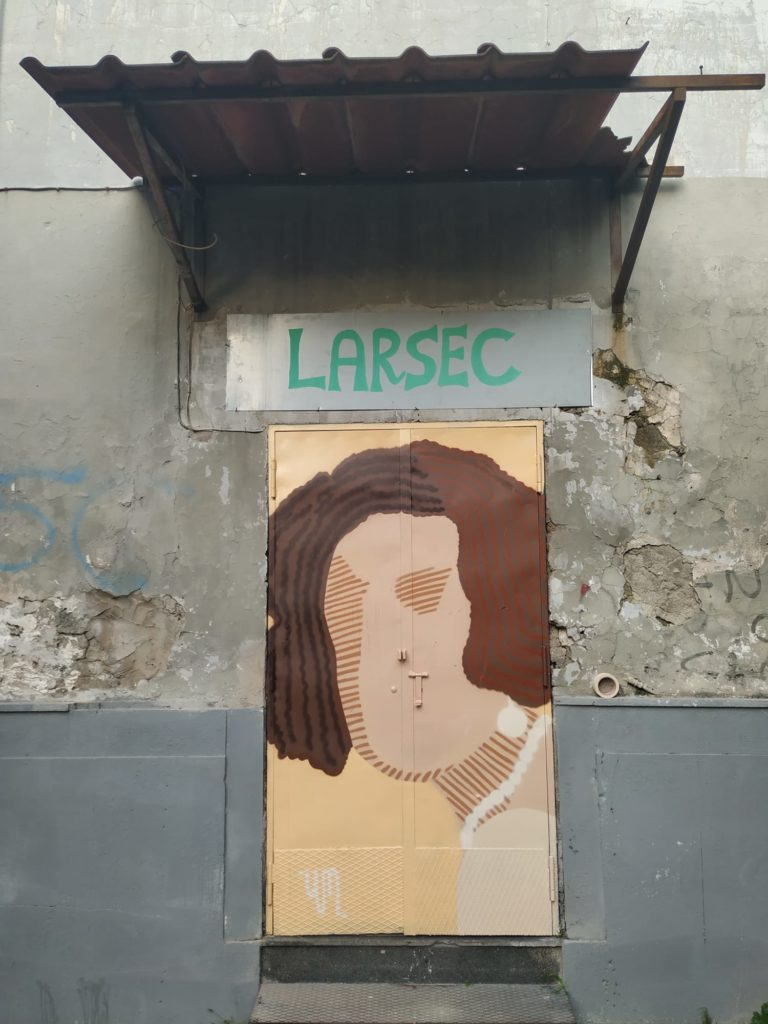 Ria Rosa di Yele Maria è la prima opera di street art a Secondigliano